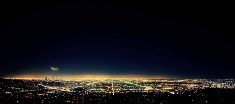 Time Lapse of Los Angeles by Colin Rich with music by Cinematic Orchestra